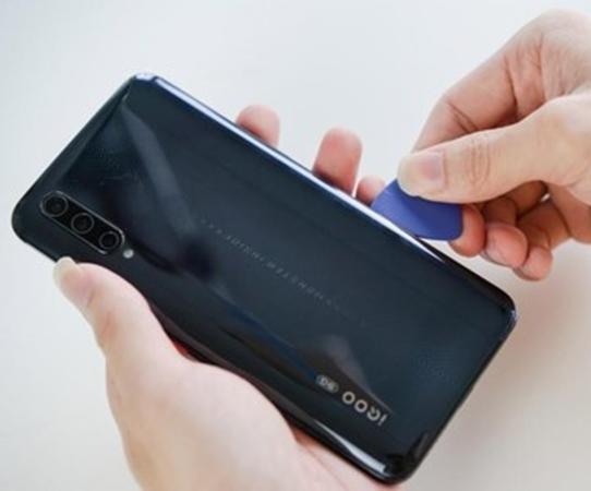 评测:iQOO Pro 5G以及荣耀20耗电如何