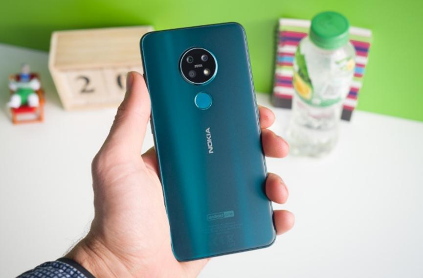 诺基亚的下一代中端智能手机可能配备四个后置摄像头和5G