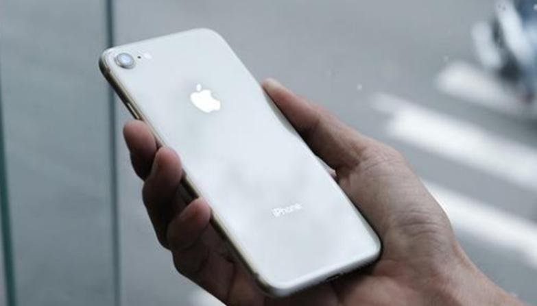 新款iPhone  SE是2020年苹果最大的挑战