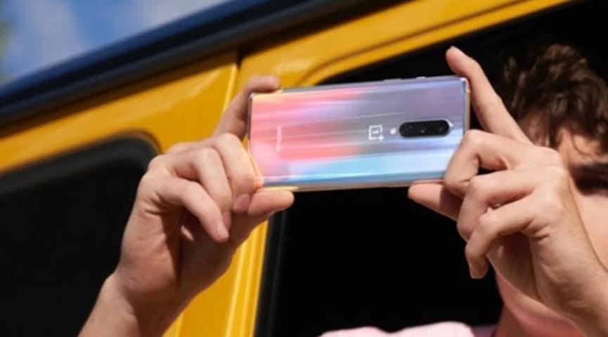 OnePlus 8和iPhone SE价格相同 但策略大不相同