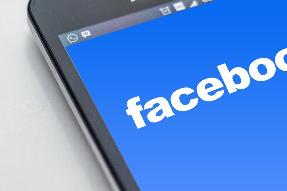 据报道,Facebook到年底将允许大多数员工在家办公