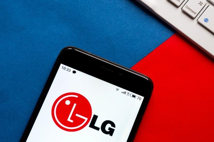 LG正在开发具有旋转显示屏的双屏智能手机:报告