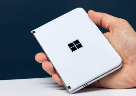 微软Surface Duo泄漏的规格揭示了3460mAh电池,可能没有NFC