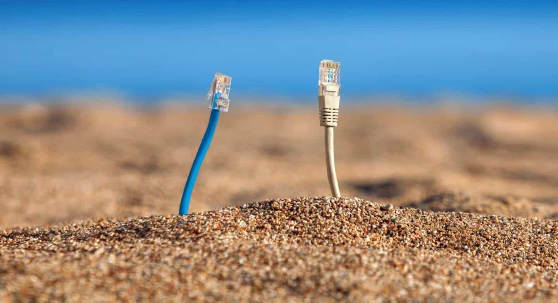 FACEBOOK建造海底电缆,让更多非洲人上网