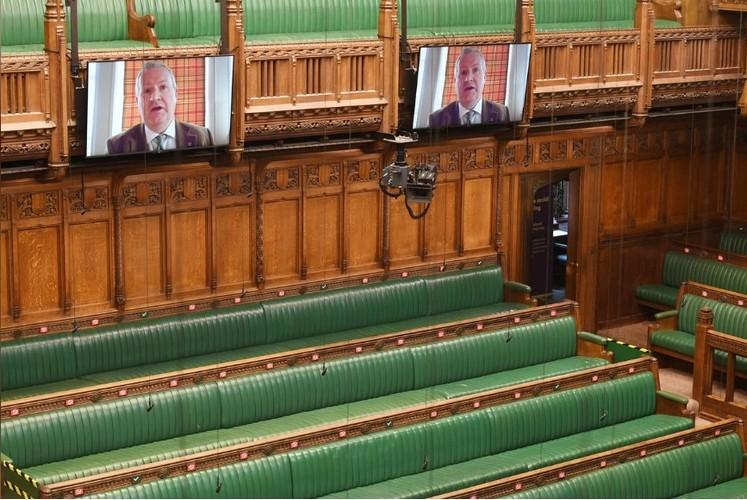 冠状病毒的影响:英国人将其议会转变为现代化的视频会议中心