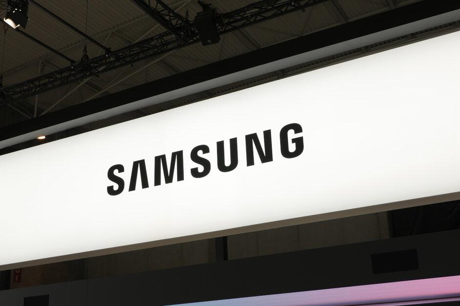一份报告显示三星Galaxy Note20 + 5G可能具有7英寸的屏幕