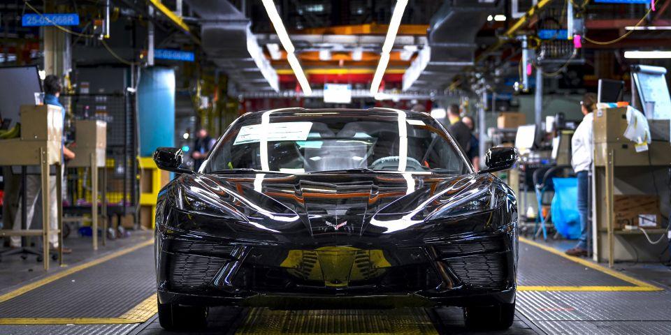 雪佛兰明天将恢复2020年款Corvette的生产