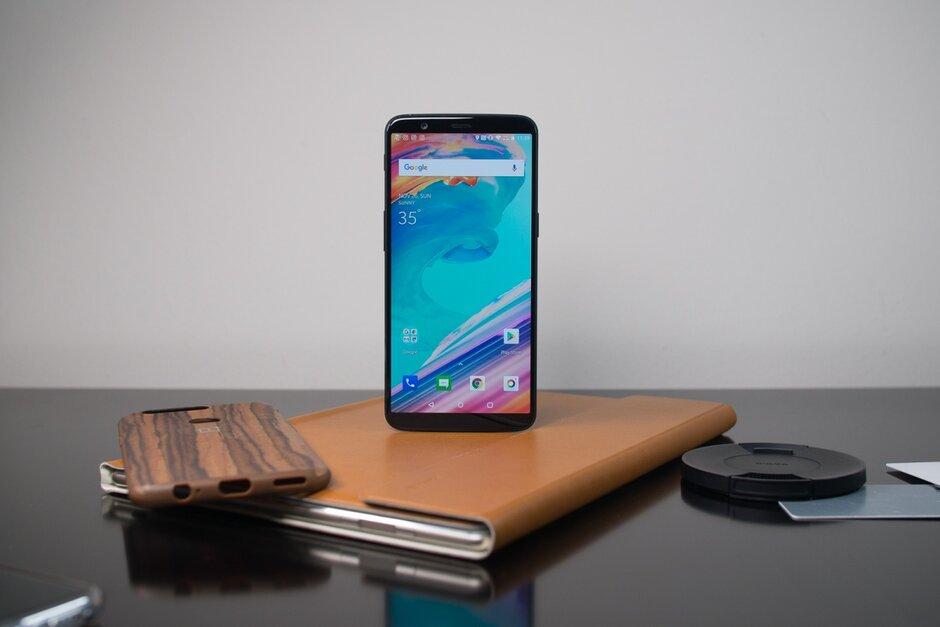 古老的OnePlus 5和OnePlus 5T获得现代的Android 10好东西