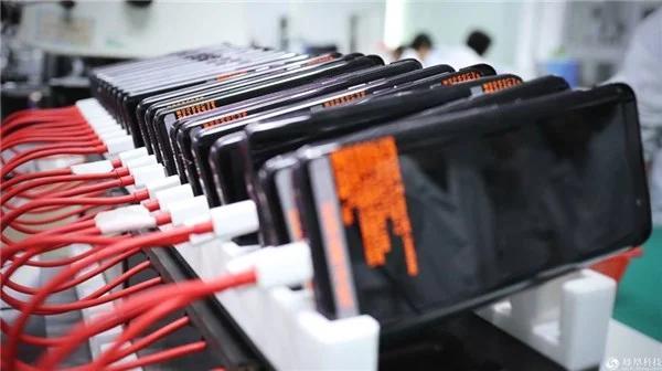 印度宣布了价值500亿卢比的奖励措施,以促进当地智能手机的生产
