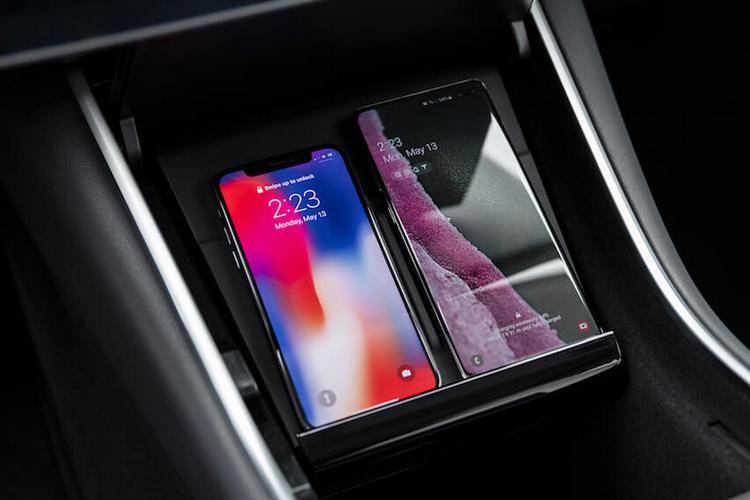 Tesla现在提供Model 3的无线充电和USB-C端口