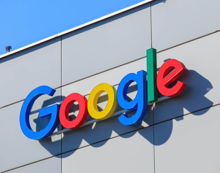 Google在图片搜索结果中添加了事实检查标签,以帮助验证内容