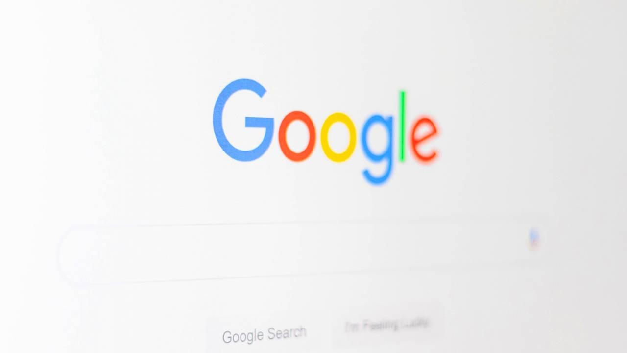 Google禁止合作伙伴监控产品和服务的广告