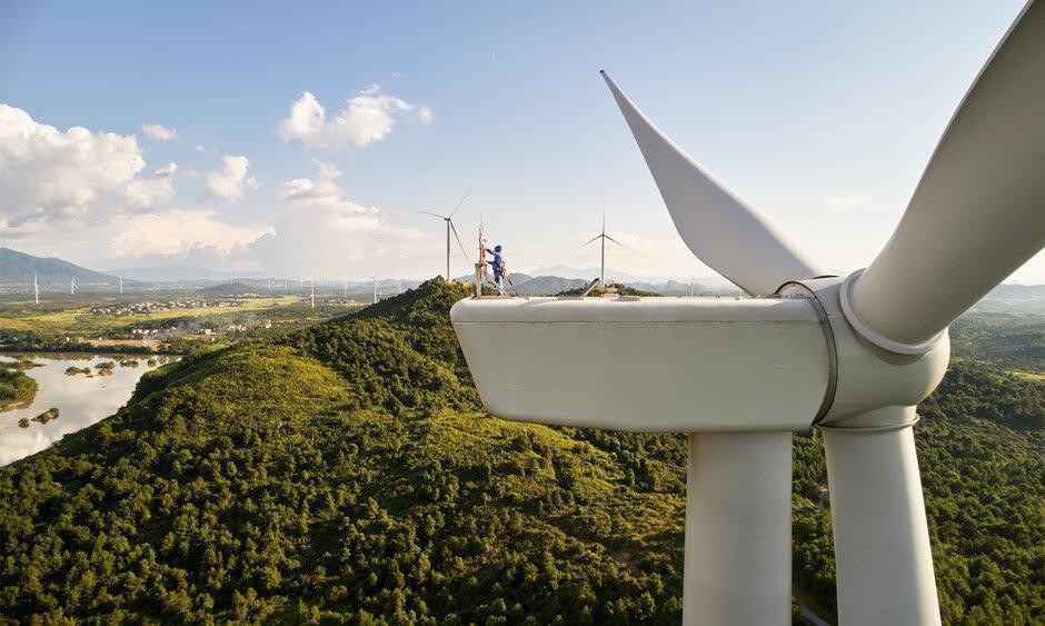 苹果承诺到2030年在整个供应链中实现碳中和