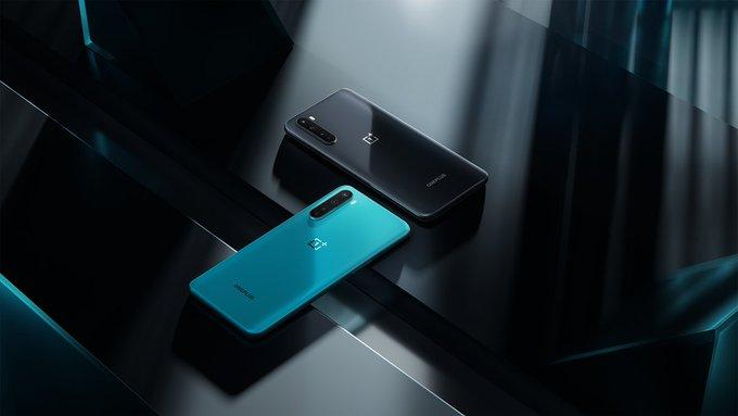 一加 Nord作为具有旗舰功能和低价标签的高级中档手机推出