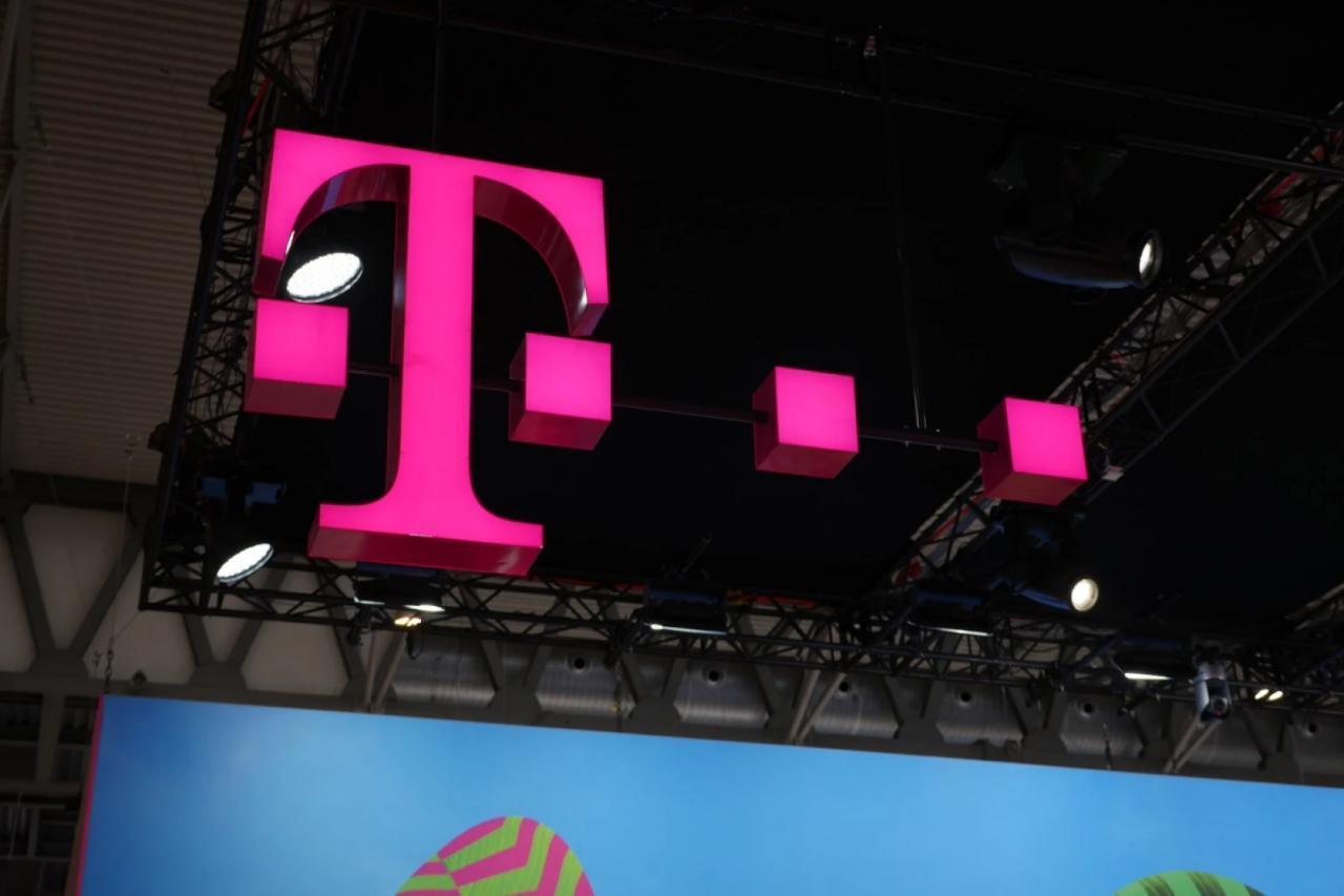 T-Mobile在另一份客户服务报告中击败了Verizon和AT&T