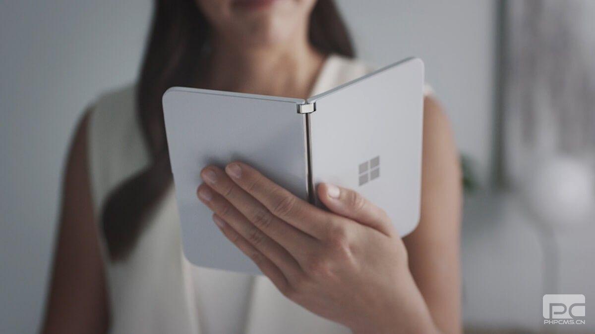 Microsoft Surface Duo:没有无线充电,没有5G,一个摄像头,Android 10