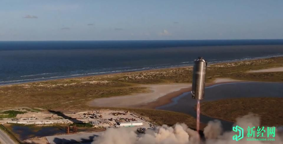 SpaceX的Starship原型机首次飞行数百英尺