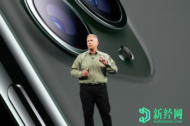菲尔·席勒结束了他长期担任苹果营销总监的统治