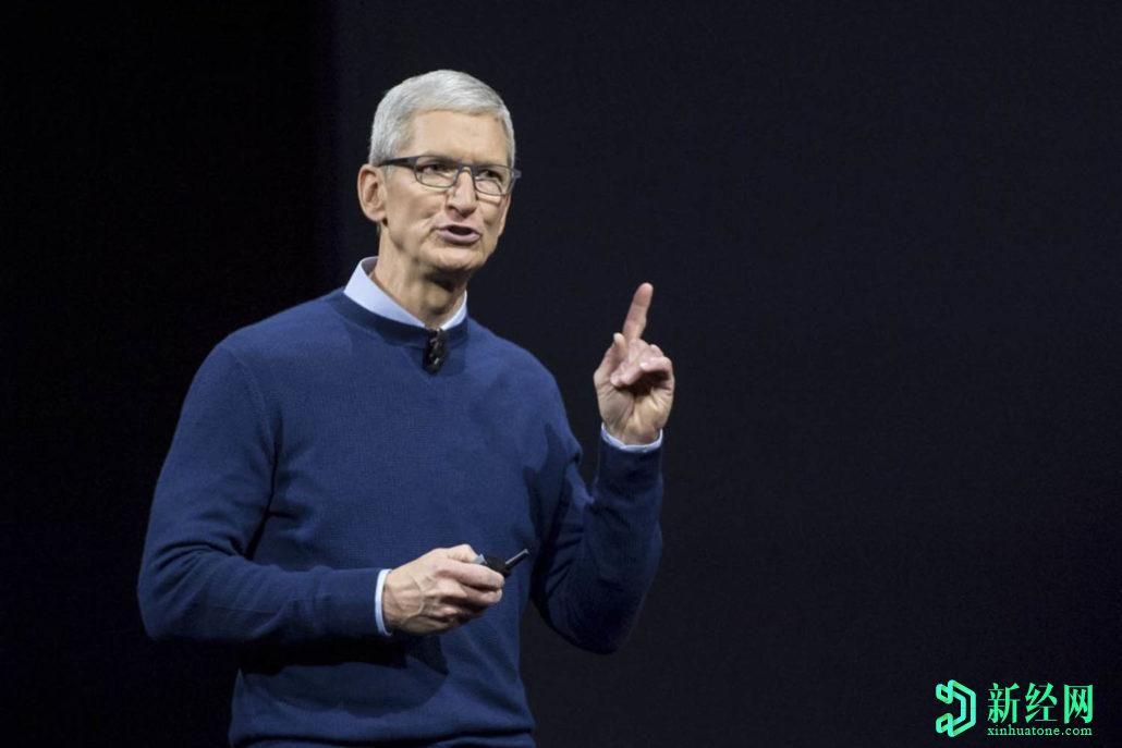 苹果首席执行官蒂姆·库克成为亿万富翁,公司市值接近2万亿美元
