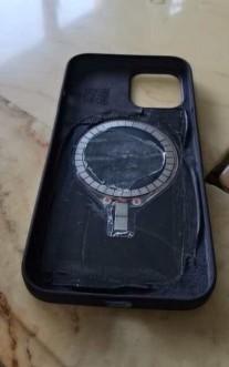 泄漏的剪辑声称将展示iPhone 12 Pro底盘和背面设计