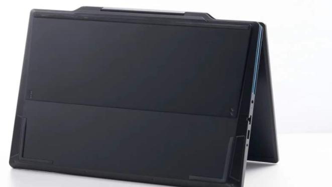 荣耀猎人V700游戏笔记本电脑首次亮相