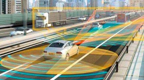 百度展示自动驾驶汽车和5G远程驾驶