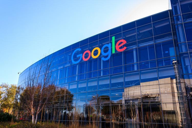 谷歌表示,Android 12将使第三方应用商店的使用更加容易