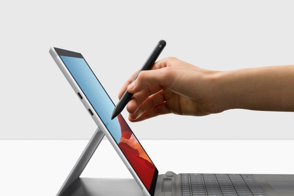 微软使用新的处理器选项更新了Surface Pro X