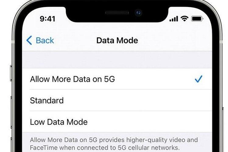 苹果iPhone 12用户现在可以通过5G数据下载iOS更新;这是启用它的方法
