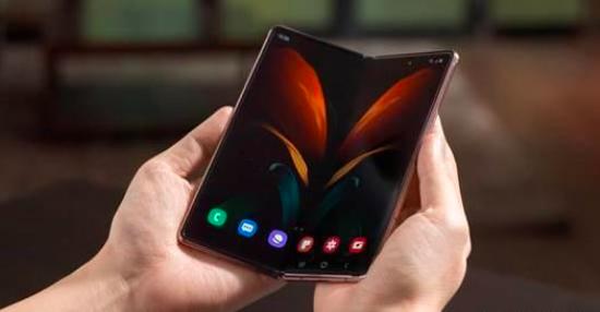 三星Galaxy Z Fold 3带有弹出式摄像头的可折叠手机