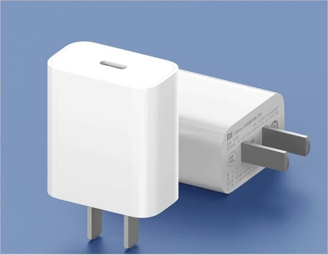 小米推出了与iPhone 12兼容的20W USB-C快速充电器