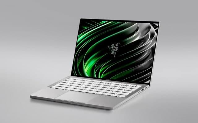 雷蛇首款主流笔记本电脑仍配备RGB键盘