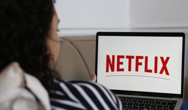 如何在智能手机和电视上下载Netflix