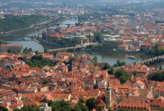 中东欧市场创房地产投资额第三高
