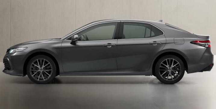 欧洲2021年丰田凯美瑞混合动力车发布,内部和外部都有小更新