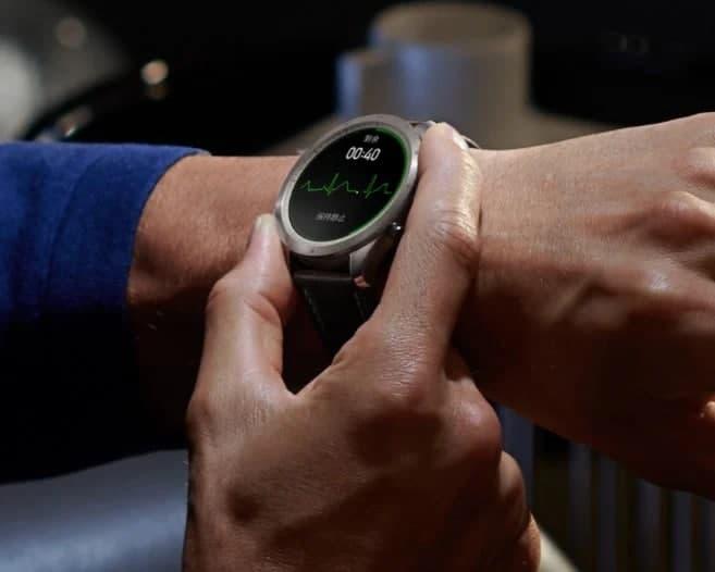 中国的策普ž智能手表配备了ECG和NFC;成本也更高