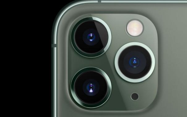 据说苹果将与三星合作开发新的iPhone型号