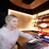 LG将在CES上推出透明OLED显示器