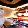 LG在CES 2021上展示55英寸透明OLED