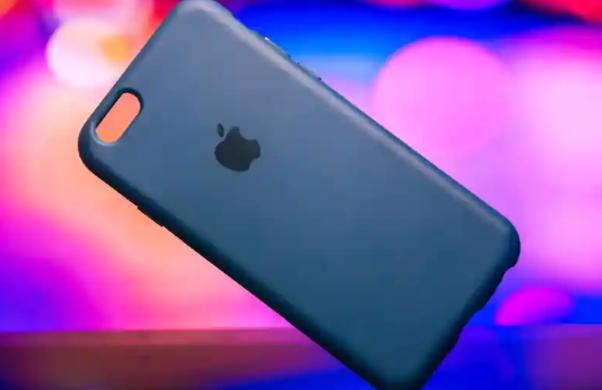 苹果可折叠iPhone:该公司使用自己的技术测试了可弯曲的三星屏幕