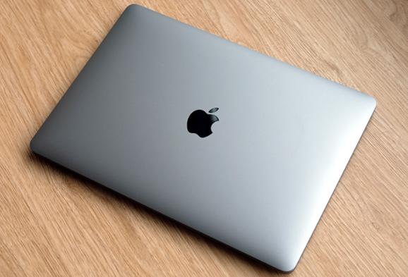 搭载MagSafe的更轻薄的MacBook Air将于今年晚些时候上市
