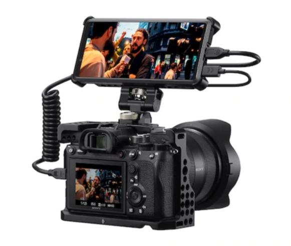 索尼Xperia Pro是一款可以作为外接摄像头使用的显示器
