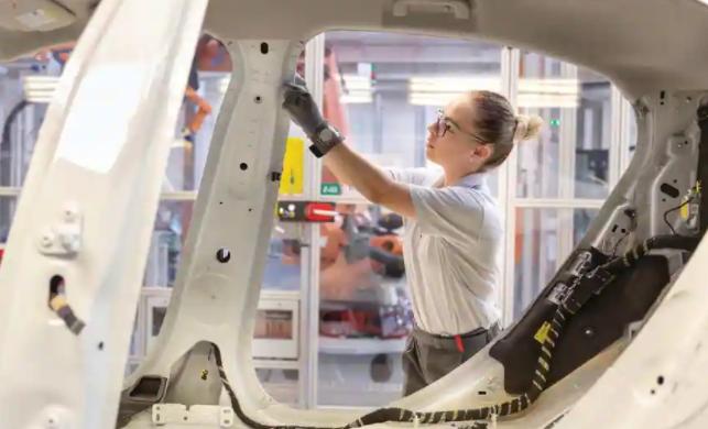 苹果汽车:可能最终会与加拿大汽车制造商合作开发