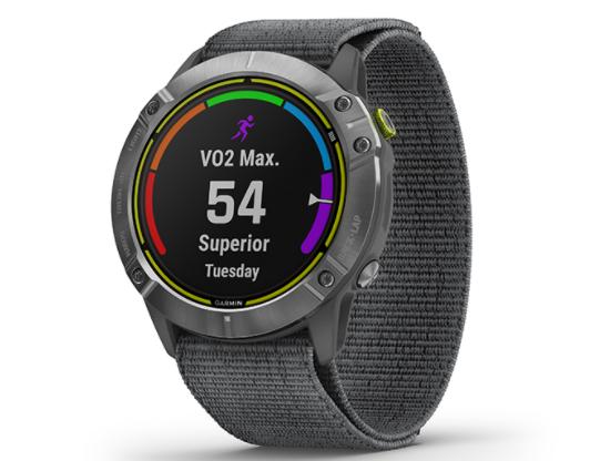Garmin Enduro是专为耐力运动员打造的太阳能充电智能手表