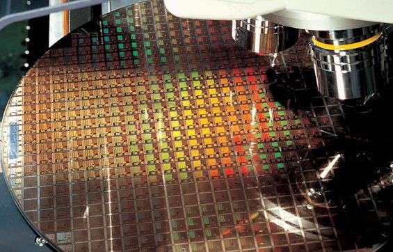 台积电警告芯片短缺将持续到2022年