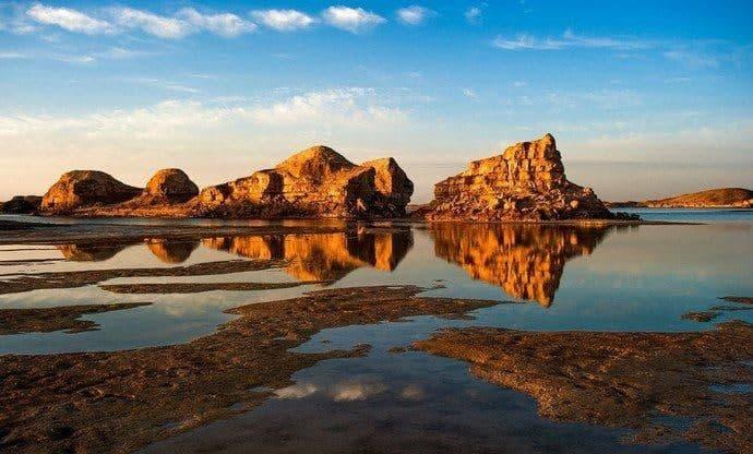 海拔最高的盆地是哪个盆地?