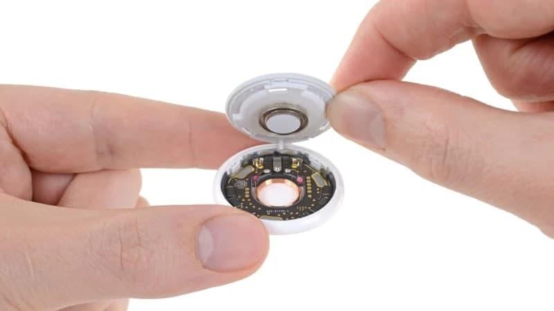 iFixit拆卸了Apple AirTag追踪器:高度集成,整个机身都可以用作扬声器