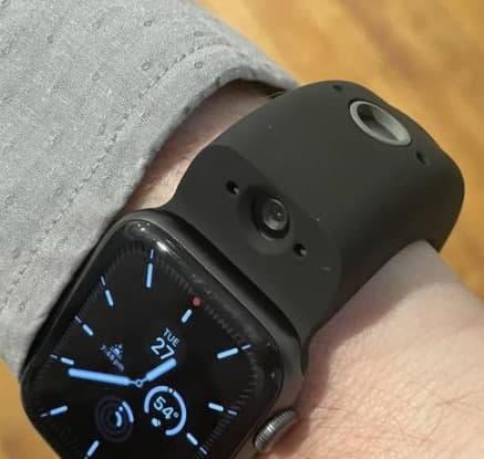 国外媒体开始使用Wristcam:第三方腕带,为Apple Watch添加了相机功