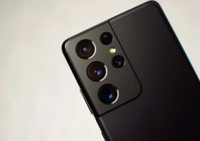 手机比较:华硕ZenFone8与三星Galaxy S21 Ultra
