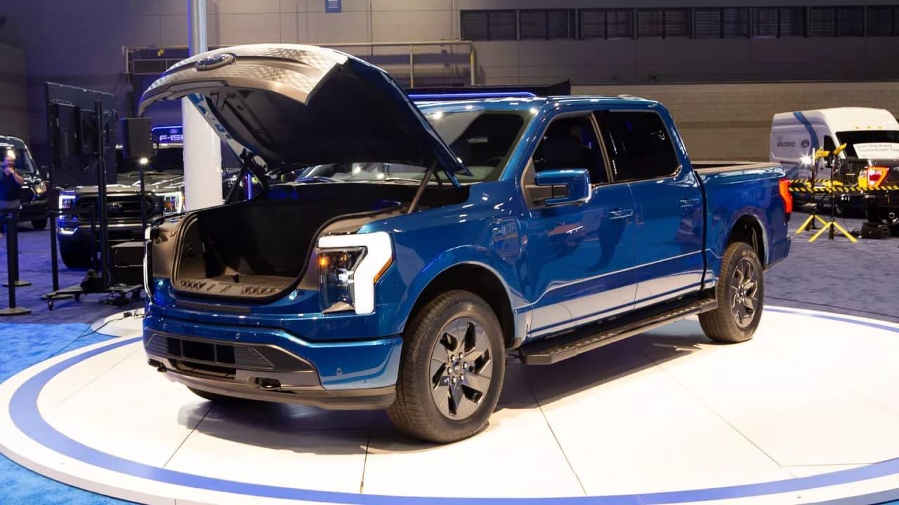最新的电动汽车将在 2021 年芝加哥车展上展出,包括福特 F-150 Lightning、起亚 EV6、日产 Ariya、大众 ID.4 和吉普 4XE